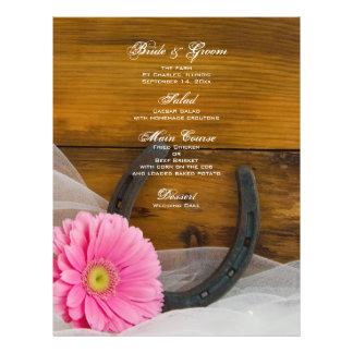Menu cor-de-rosa do casamento do país da margarida modelo de panfleto