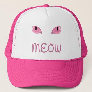 Meow com o boné cor-de-rosa dos olhos de gatos