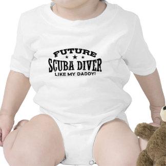 Mergulhador de mergulhador futuro babador