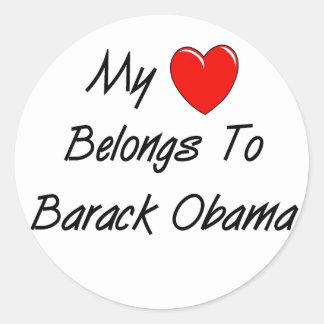 Meu coração pertence a Barack Obama Adesivos Redondos
