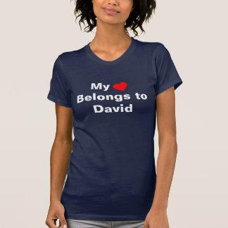 Meu coração pertence a David T-shirt