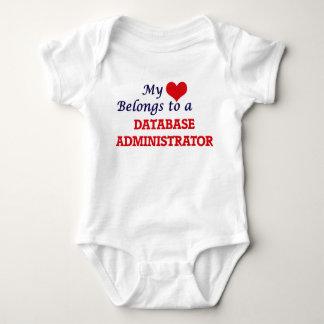 Meu coração pertence a um administrador de base de body para bebê