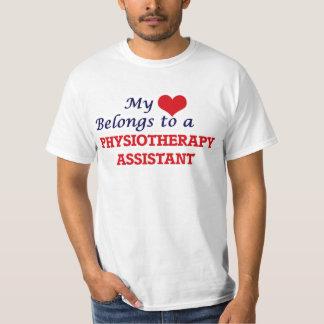 Meu coração pertence a um assistente da camiseta