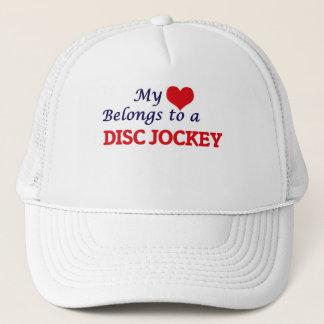 Meu coração pertence a um disco-jóquei boné