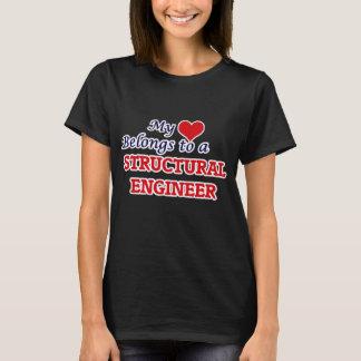 Meu coração pertence a um engenheiro estrutural camiseta