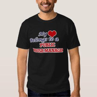 Meu coração pertence a um gerente do bar tshirt