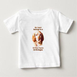 Meu coração pertence a um Griffon Fauve de Camiseta Para Bebê