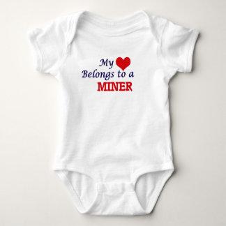 Meu coração pertence a um mineiro body para bebê