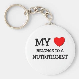 Meu coração pertence a um NUTRICIONISTA Chaveiros
