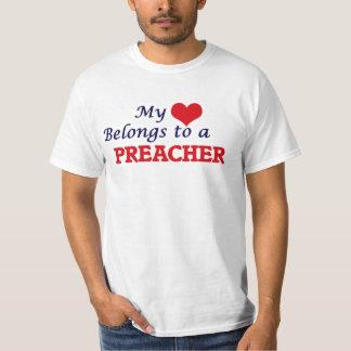 Meu coração pertence a um pregador camiseta