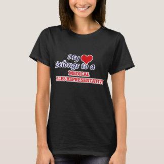Meu coração pertence a um representante de vendas camiseta