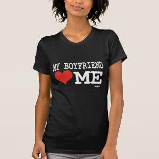 Meu namorado ama-me camisetas
