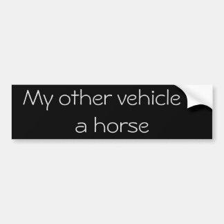 Meu outro veículo é um cavalo adesivo