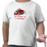 MEU PAI É um carro de bombeiros do vermelho dos mi T-shirt