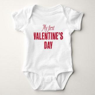 Meu primeiro T do dia dos namorados Body Para Bebê