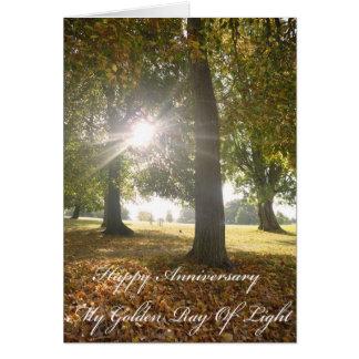 Meu raio dourado do cartão do aniversário da luz