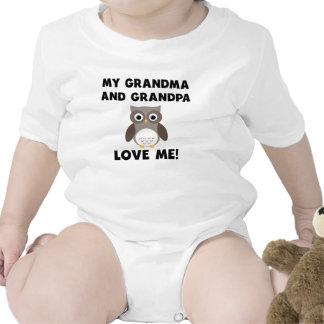 Meus avó e vovô amam-me coruja macacãozinho para bebês