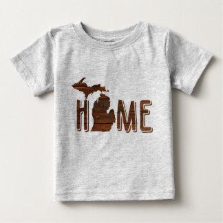 Michigan adorável é a silhueta | de madeira Home | Camiseta Para Bebê