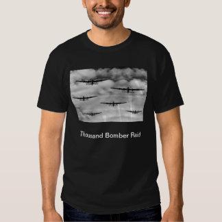 Mil invasões do bombardeiro tshirts