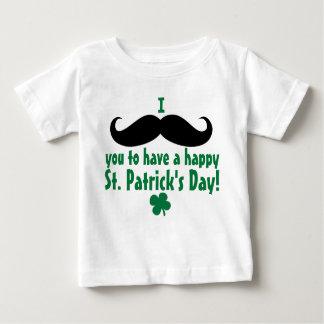 Mim bebê do dia de St Patrick feliz do bigode você T-shirt