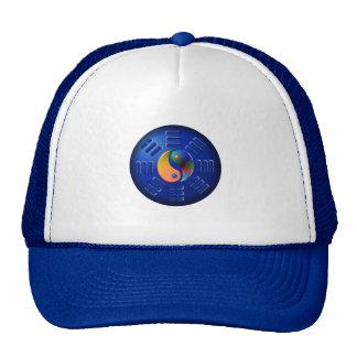 Mim chapéu de Ching Bone