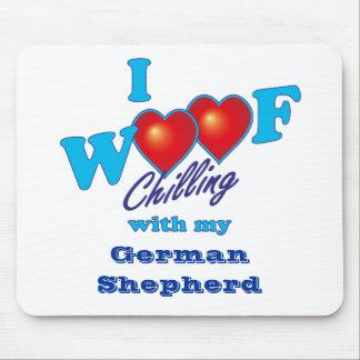 Mim german shepherd do Woof Mouse Pad