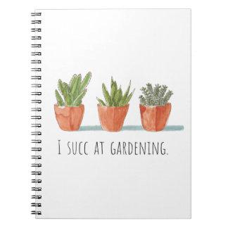 Mim Succ no caderno de jardinagem de  