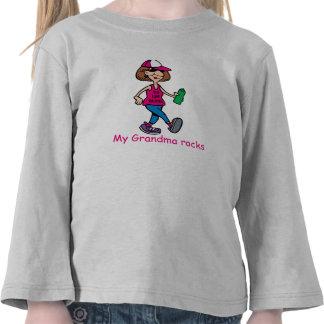 Minha avó balança a camisa da Longo-Luva da Camisetas