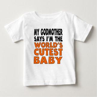Minha madrinha diz que eu sou o bebê o mais bonito camisetas