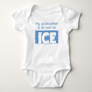 Minha madrinha é tão legal quanto o gelo tshirts