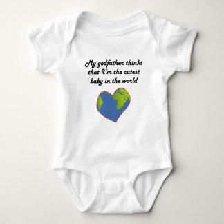 Minha madrinha pensa que eu sou o bebê o mais camisetas