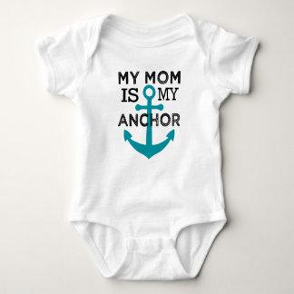Minha mamã é minha camisa do bebê da âncora