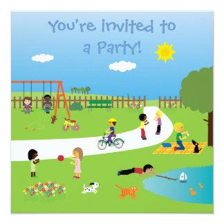 Miúdos bonitos no partido customizável colorido do convite personalizados