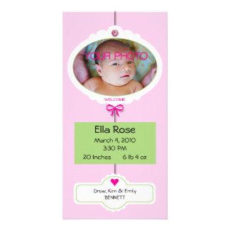 Móbil do anúncio do nascimento da menina cartão com foto