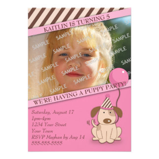 Modelo cor-de-rosa da foto do partido do filhote convite