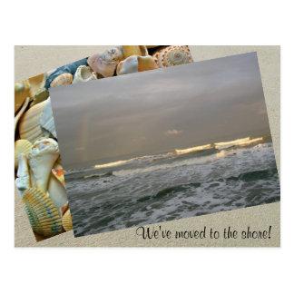 Modelo da foto que move-se para o cartão da costa