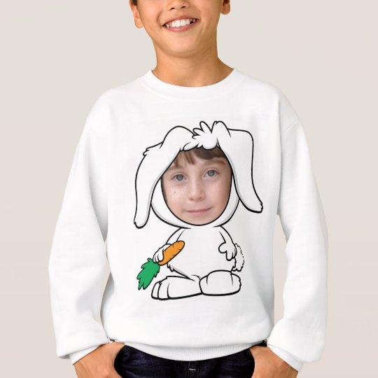 Modelo engraçado da cara da foto do coelho de agasalho