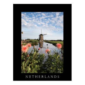 Moinho de vento e flores, cartão preto vertical de
