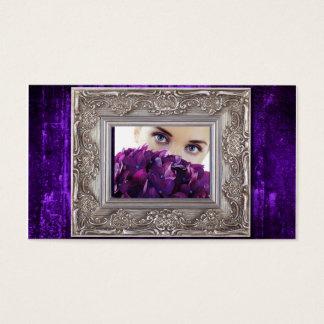 moldura para retrato roxa do grunge, olhos sobre cartão de visitas