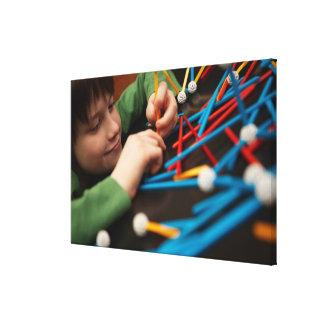 Moléculas de conexão do menino para o projeto da c impressão de canvas envolvidas