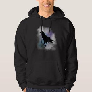 Moletom Corvo preto no t-shirt fumarento da névoa