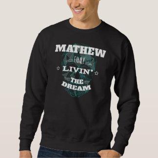 Moletom Família Livin de MATHEW o sonho. T-shirt