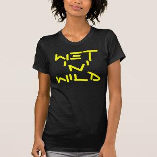 """Molhe o t-shirt selvagem de """"N"""""""