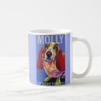Molly a caneca do cão da terapia do Basset por