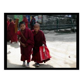 Monges novas, Dharamsala, India Cartão Postal