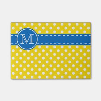 Monograma azul e amarelo dos dias escolares das bloquinhos de notas