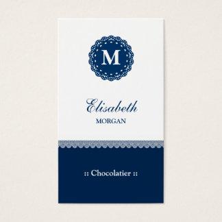 Monograma azul elegante do laço de Chocolatier Cartão De Visitas