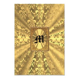 Monograma do damasco do ouro convite 8.89 x 12.7cm