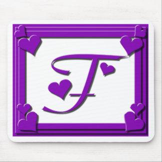 Monograma F dos corações roxos Mouse Pad
