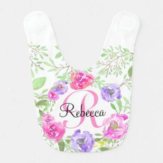 Monograma floral da aguarela da peônia cor-de-rosa babadores para bebes